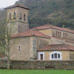 Iglesia de San Juan Bautista en Corvera de Toranzo