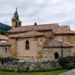 Iglesia de San Cosme y San Damián en Bárcena de Pie de Concha