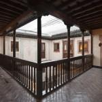 La madera, elemento principal en alojamientos de Cantabria