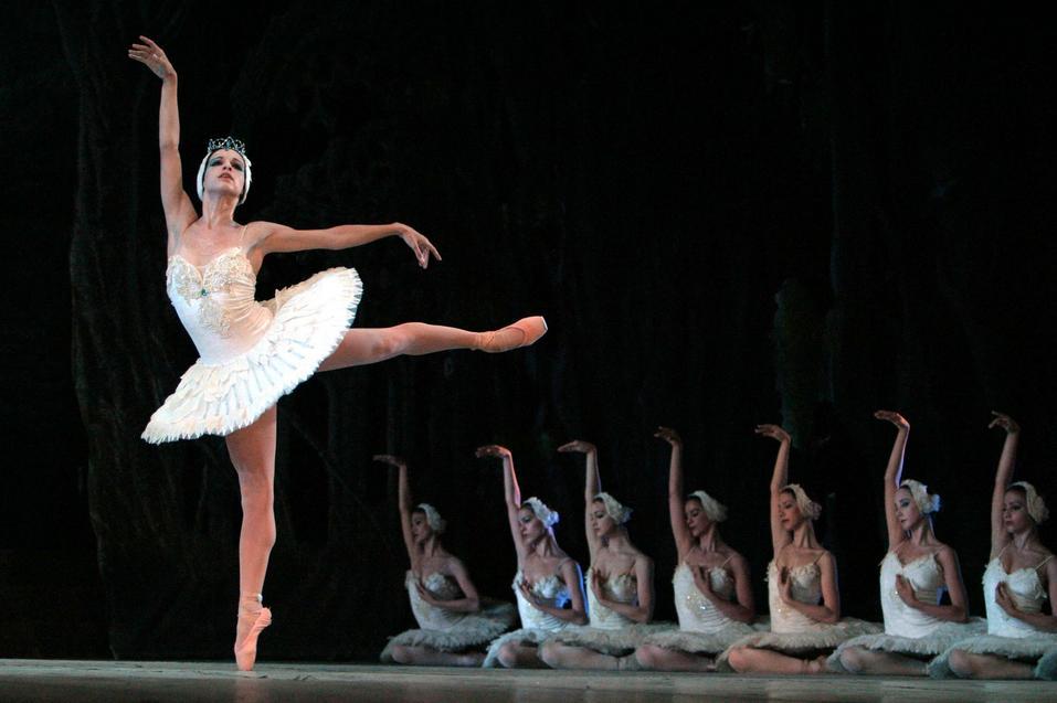ballet_nacional_cuba_lago_cisnes