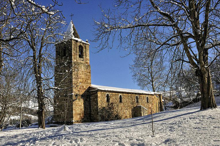 Santuario de la Virgen del Camino en Molledo