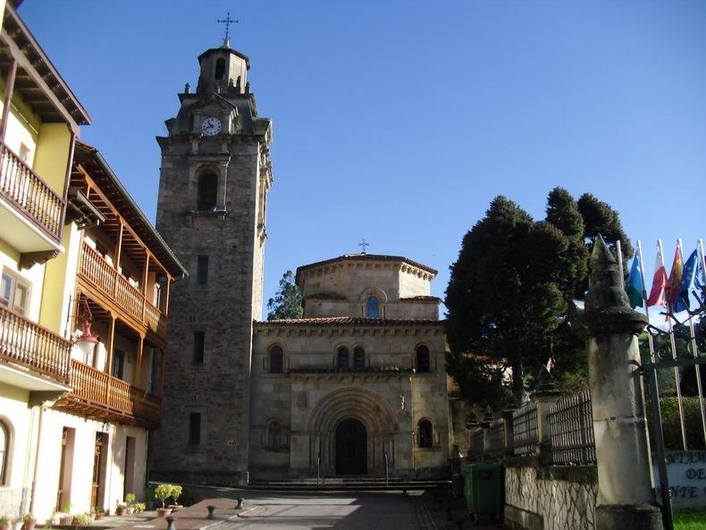 Iglesia parroquial de San Miguel puente viesgo