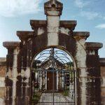 El cementerio parroquial en Mortera