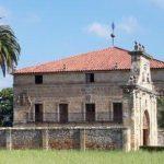 Palacio y capilla de los Bustamante en Renedo de Piélagos